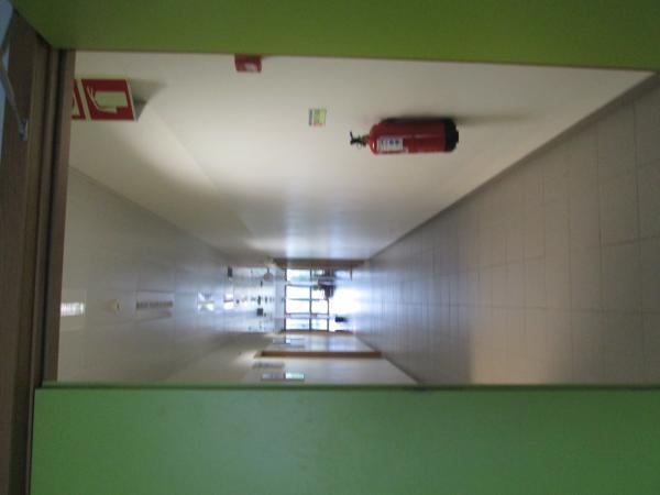 Há desperdício de energia na nossa escola....